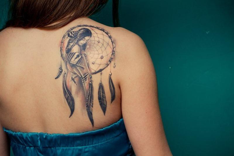tatouage capteur de rêves
