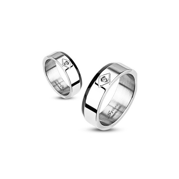 bague acier inoxydable bicolore de 4mm magazine piercing et tatouage. Black Bedroom Furniture Sets. Home Design Ideas