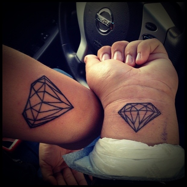 tatouage diamant forever