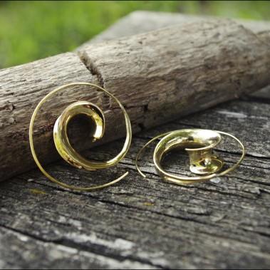 boucle d'oreille escargot style inca et bohème doré. A shopper sur tarawa.com