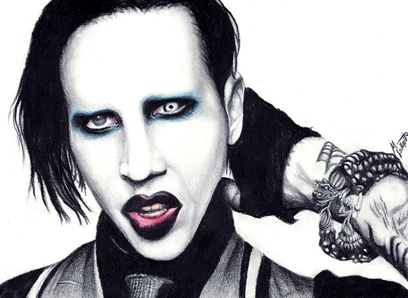 lentille de contact Marilyn Manson