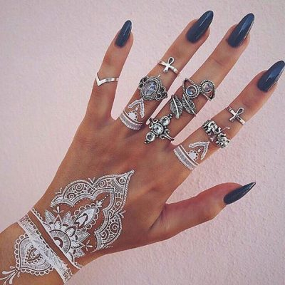 tatouage éphémère au henné