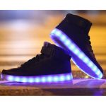 « Led Shoes » : des chaussures lumineuses tendance
