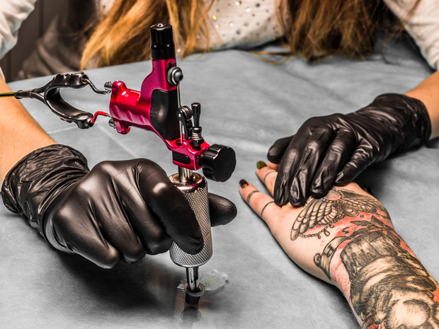 Les tatouages effaçables seront bienôt disponible