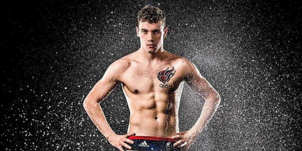 josef craig un jeune nageur de 19 ans a été disqualifié du championnat d'eurpoe à funchal au portugal à cause de son tatouage